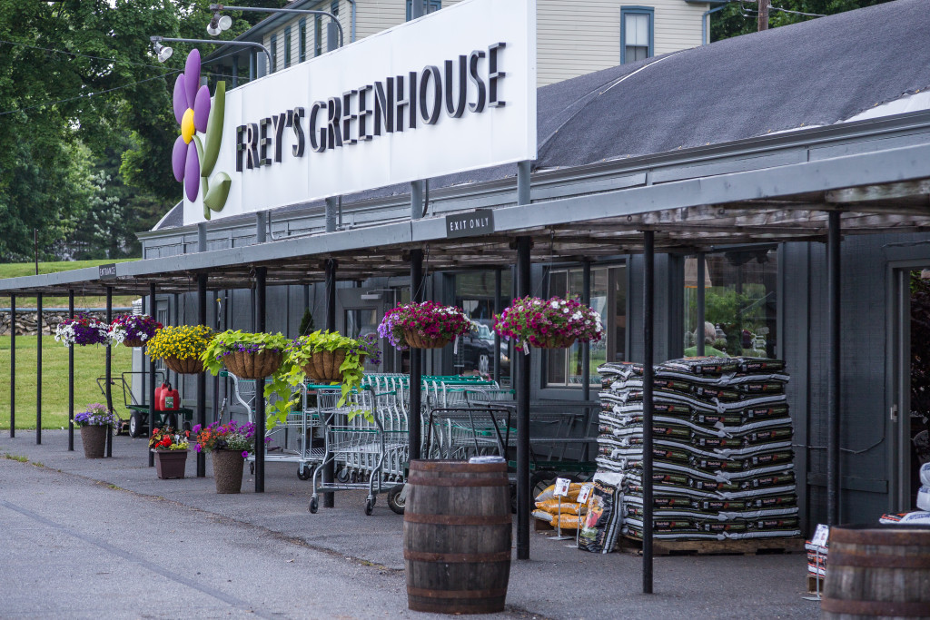 Garden-Center-Freys-Greenhouse-Lancaster-PA